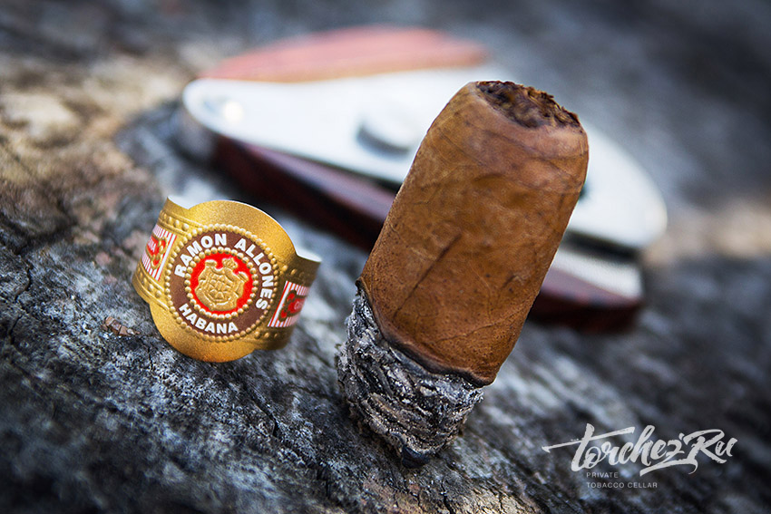 Кубинские сигары Ramon Allones Specially Selected